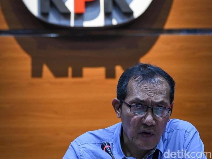 Wakil Ketua KPK Saut Situmorang (Foto: Antara Foto)