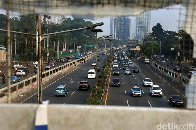 Tol Dalam Kota. Foto: Rengga Sancaya