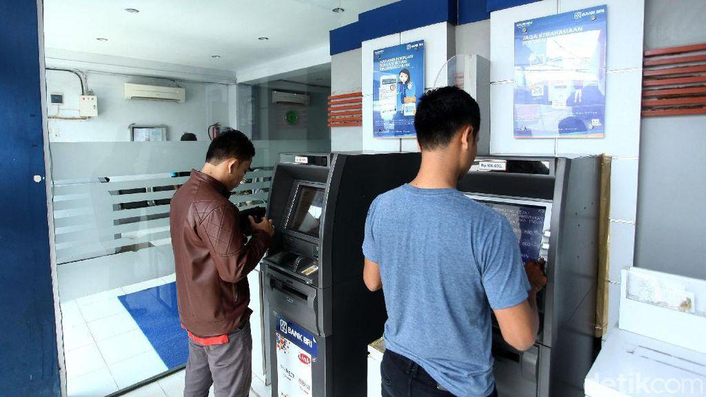 Melihat Aktivitas Perbankan di Sinabang