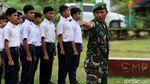 Mengintip Latihan Baris Berbaris Siswa SMP di Simeulue