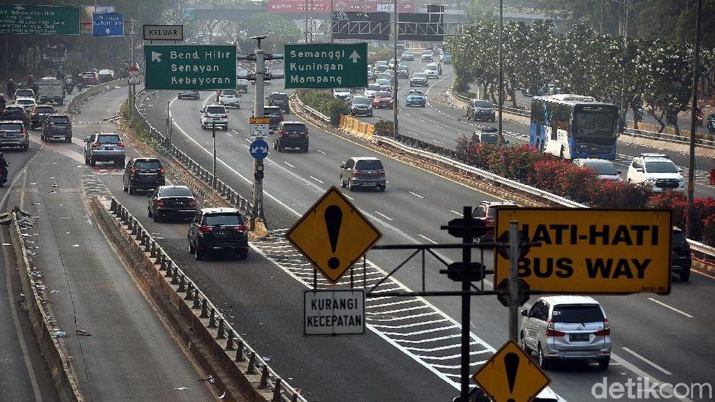 Tarif Tol Tak Wajib Naik Tiap Dua Tahun Sekali