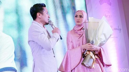 Kesetiaan Fenita Arie Dampingi Arie Untung Meski Sempat Ingin Cerai