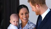 Terungkap, Kado Natal Unik Ratu Elizabeth Buat Anak Pangeran Harry