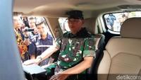 Kepala Staf TNI Angkatan Udara (KSAU), Marsekal TNI Yuyu Sutisna, sempat melakukan test drive mobil Esemka saat berkunjung ke pabrik mobil tersebut yang berada di Boyolali, Jawa Tengah.