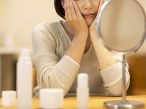 Perlukah Sunblock Saat Sudah Pakai Makeup dengan SPF?