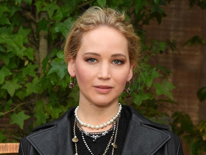 PARIS, FRANCE - SEPTEMBER 24: Jennifer Lawrence attends the Christian Dior Womenswear Spring/Summer 2020 show as part of Paris Fashion Week on September 24, 2019 in Paris, France. (Photo by Pascal Le Segretain/Getty Images for Dior)