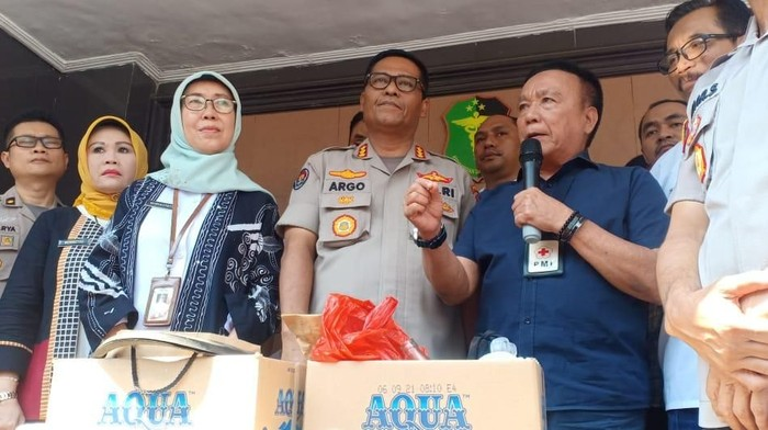 Polisi dan Dinkes DKI merilis soal ambulans DKI. (Samsuduha/detikcom)