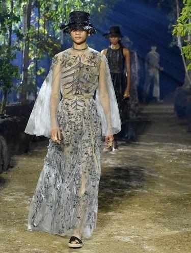 Catwalk Ramah Lingkungan ala Dior, Pakai Listrik Tenaga Minyak Kanola