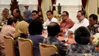 Pertemuan itu bertujuan untuk membahas berbagai permasalahan, seperti kebakaran hutan dan lahan (karhutla), permasalahan Papua, hingga perihal demonstrasi mahasiswa menolak UU KPK baru-RUU KUHP.