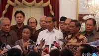 Presiden Joko Widodo (Jokowi) bertemu dengan sejumlah tokoh nasional dan pimpinan ormas lintas agama di Istana Merdeka, Jakarta, Kamis (26/9/2019).