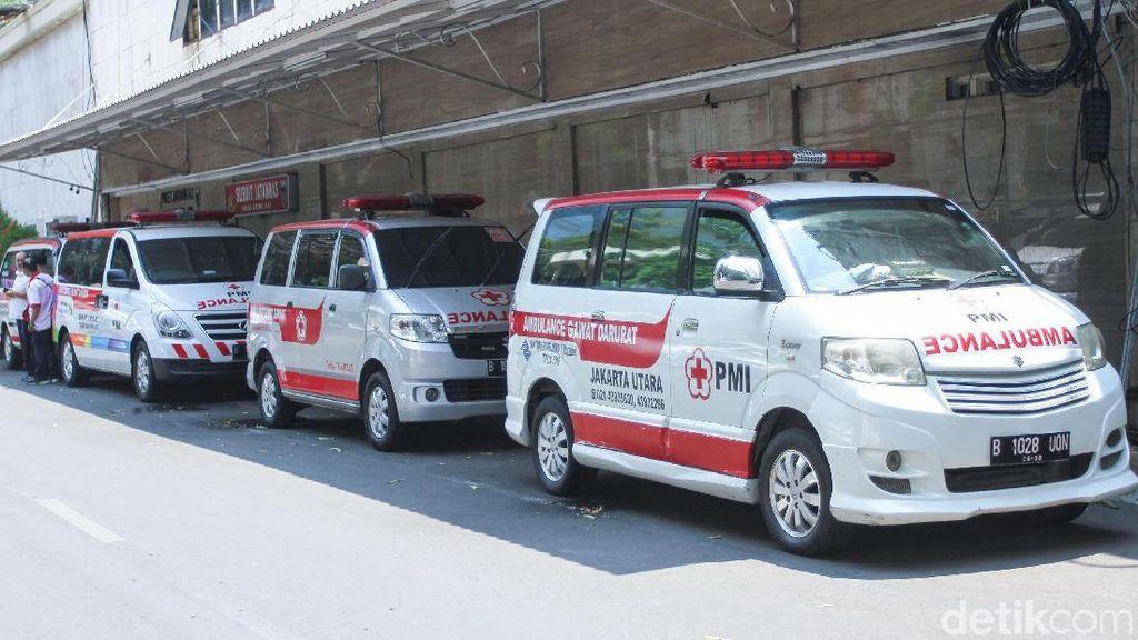 Polisi Tegaskan Ambulans di Demo Tak Bawa Batu dan Bensin