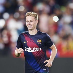 De Jong Lebih Pilih Juara Liga Champions