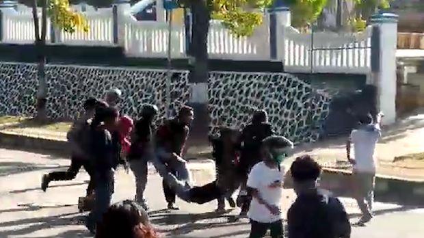 Detik-detik Insiden Penembakan Mahasiswa di Kendari