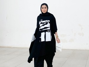 Sivia Azizah: Dari Blink Kini Jadi Hijabers Hypebeast