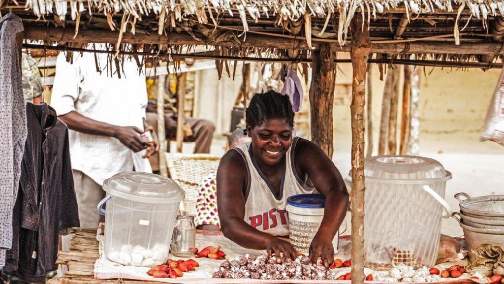 Mengintip Isi Pasar Makanan di Kongo, Negara Termiskin di Dunia