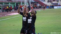 Persipura Gasak PSM Makassar 3-1