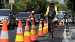 Beberapa Jalur Sepeda di Jakarta Akan Dipasangi Pembatas Permanen
