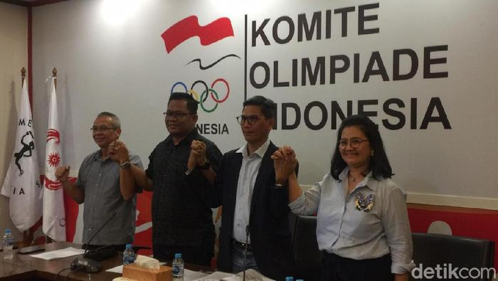 dan Penyaringan Pemilihan Ketua Umum Komite Olimpiade Indonesia (KOI) mengumumkan syarat calon ketua umum KONI periode 2019-2023. (Mercy Raya/detikSport)