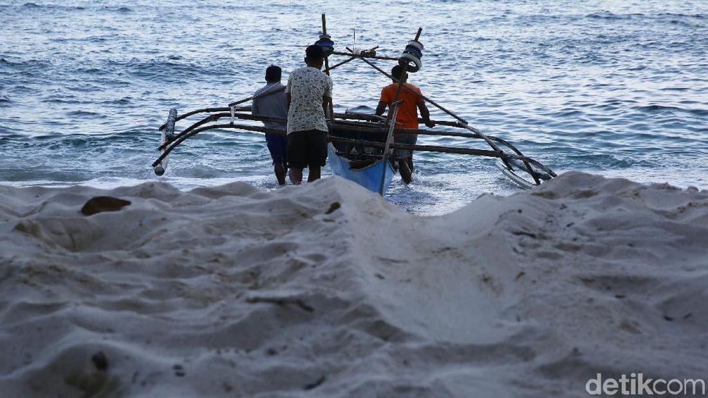 Perjuangan Pedagang di Miangas, 2 Minggu Perjalanan untuk Stok Barang
