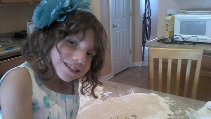Natalia, anak berusia 6 tahun yang diduga wanita berusia 22 tahun. Foto: istimewa/Facebook