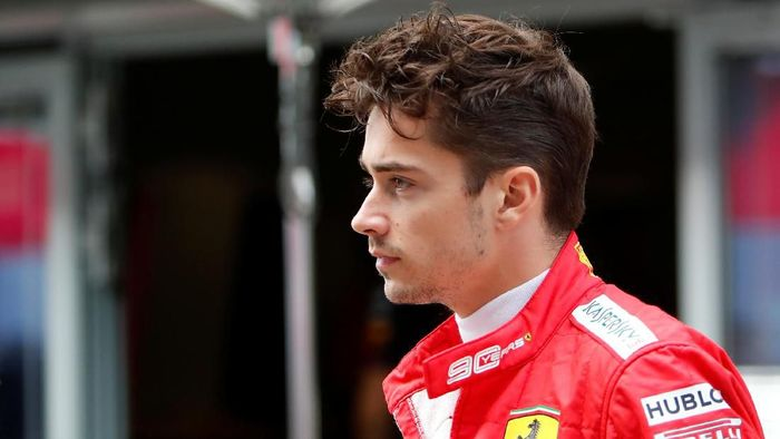 Menghadapi GP Rusia, Charles Leclerc menyebut Ferrari terdongkrak hasil di Singapura (Foto: Maxim Shemetov/Reuters)