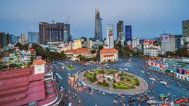 Ho Chi MInh di Vietnam (Xưởng May Gia Công DOSI/dTraveler)