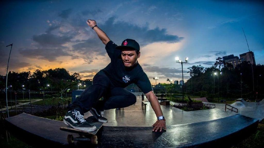 Meluncur Bareng Senayan Skateboarders di Stadion GBK