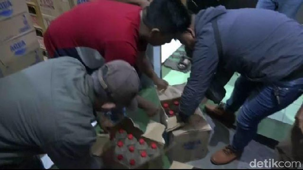 Pesta Miras, 6 LC dan 4 Pelajar di Probolinggo Diamankan Satpol PP