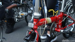 Mikha Tambayong terpilih menjadi duta Yayasan Jantung Indonesia. Menurutnya cara menjaga jantung tetap sehat adalah dengan bersepeda. Intip keseruannya.