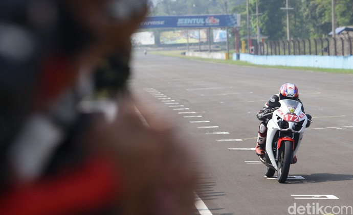 Gaspol... Honda CBR Kelas 150cc Mulai Digeber di Sentul