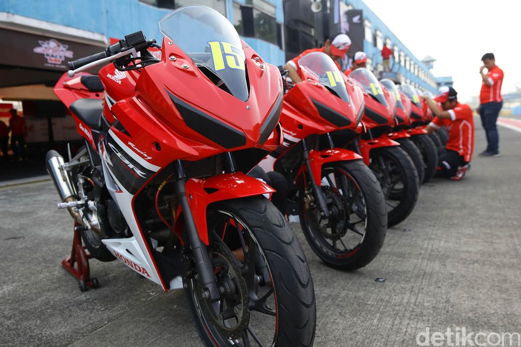 PT Astra Honda Motor (AHM) beserta jaringan dealer dan Asosiasi Honda CBR (AHC) kembali menggelar Indonesia CBR Raceday (ICE Day) 2019 seri kedua di Sentul.