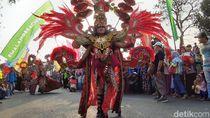 Serunya Nonton Langsung Kirab Budaya Kabupaten Malang