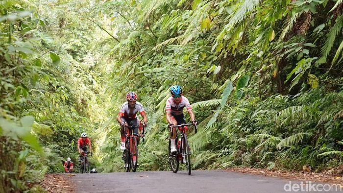 Tour de Banyuwangi Ijen mendapatkan pujian dari juri dan para pebalap. (Foto: Ardian Fanani/detikSport)