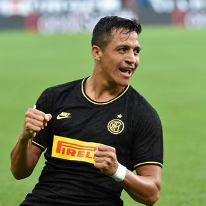 Solskjaer Pastikan Transfer Alexis Sanchez ke Inter Sudah Tuntas