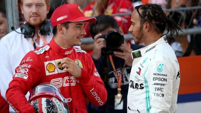 Lewis Hamilton mengakui kecepatan Ferrari di kualifikasi GP Rusia (Foto: Charles Coates/Getty Images)