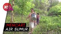 Warga Polman Berjalan Sejauh 2 Kilometer Demi Air