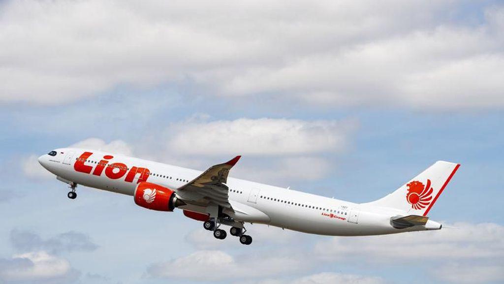 Lion Air Group Potong Gaji dan Pangkas Karyawan