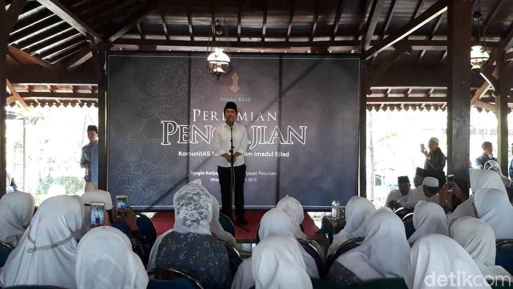 Resmikan Majelis Pengajian Ibu-ibu, Wagub Emil Titip Generasi Muda
