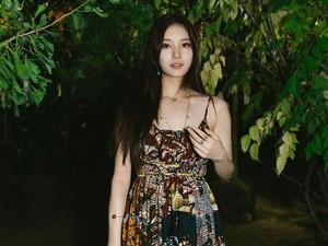 Fakta Sebenarnya Baju Bae Suzy di Paris Fashion Week yang Dikira Batik