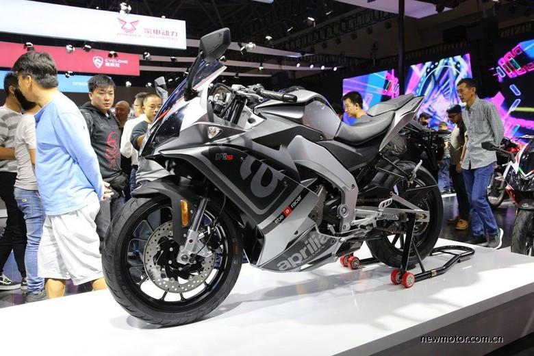 Motor sport 250 cc Aprilia. Foto: Dok. newmotor.com.cn