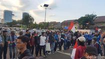 Mahasiswa Demo ke Pelajar: Ayo Dek, Jangan Berada di Dalam Tol