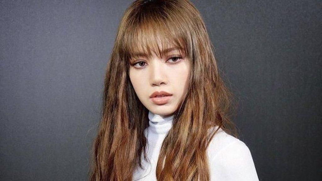 4 Hal yang Bikin Wajah Lisa BLACKPINK Cantik Menurut Dokter Bedah Plastik