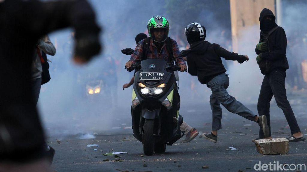 Jadi Korban Kerusuhan Saat Demo, Biaya RS Di-cover BPJS atau Tidak?
