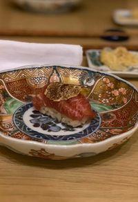 David Beckham  Pamerkan Makan Sushi Mewah Seharga Rp. 5 Juta per Orang