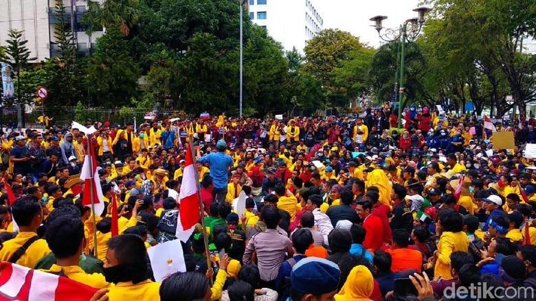 DPRD Kalsel Siap Perjuangkan Tuntutan Demo Mahasiswa