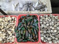 Ben Seafood : Tercapit Pedasnya Kepiting Berlumur Saus Lada Hitam