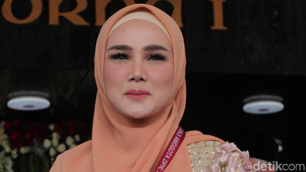 Prabowo Ucapkan Selamat ke Jokowi-Maruf, Mulan Jameela Beri Pujian