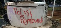 Pospol Depan Atma Jaya Dirusak Massa, Ada Tulisan 'Polisi Pembunuh'