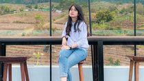 Viral, Aksi Mahasiswi Cantik Crazy Rich Surabayan Demo Pakai Mobil Mewah