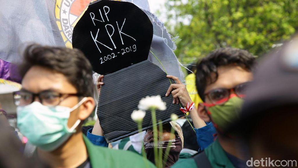 Mahasiswa Akan Terus Desak Jokowi Terbitkan Perppu KPK